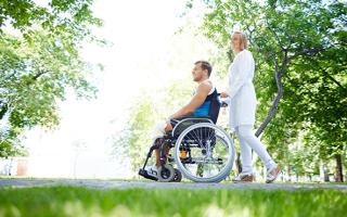 Социальные карты для малоимущих и инвалидов, как получить?